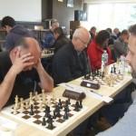Les joueurs de Sainte-Anne en pleine concentration.
