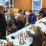 Fin de partie très suivie dans le tournoi parallèle.