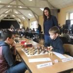 Célia supervise le match Arradon-Languidic.